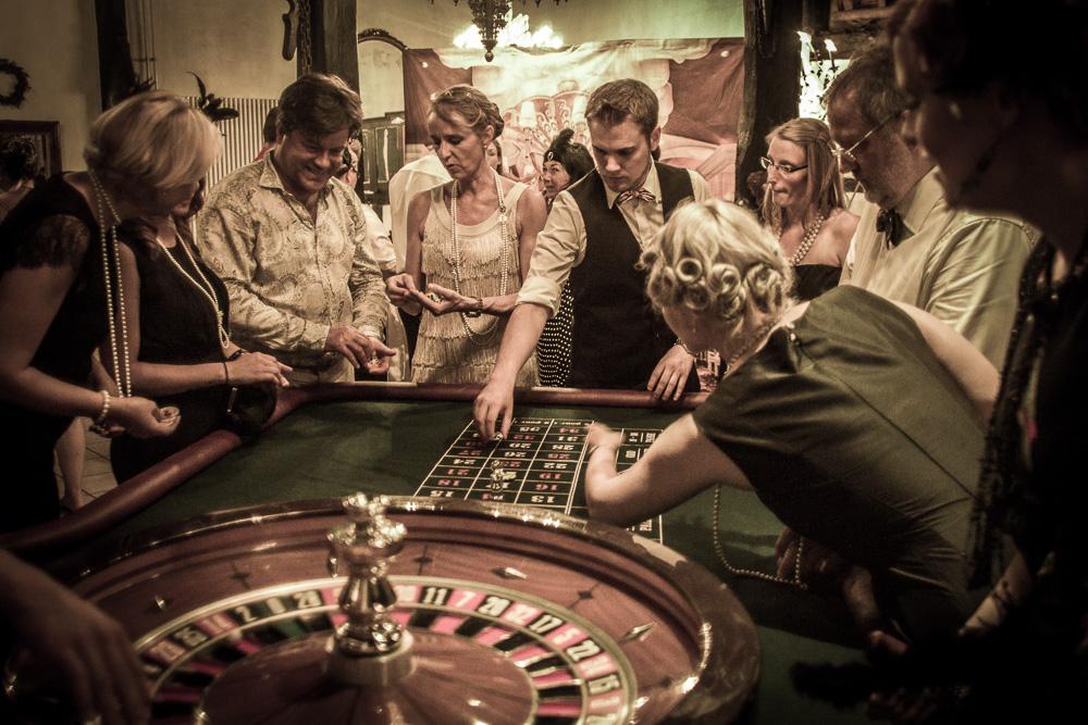 BlackCrownsCasino – mobiles Casino mieten